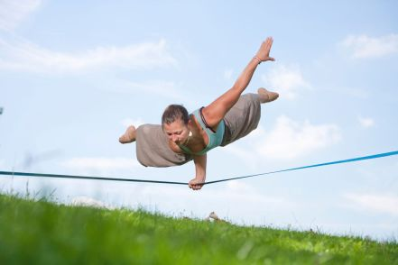 slackline-balance-fitness-work-out-new-zealand