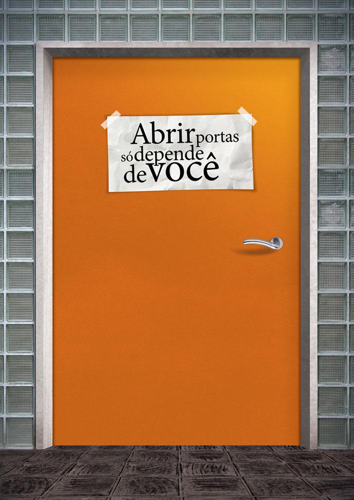estagiario_porta_fechada